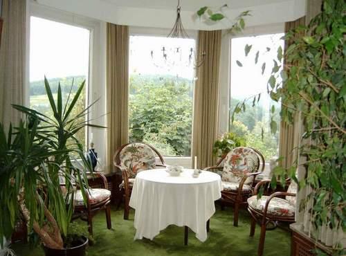 Зимний сад в квартире в эркере