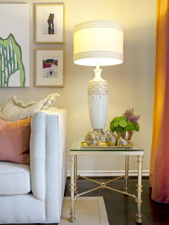 Дизайн гостиной в золотых тонах
