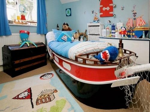 Детская комната с игровой зоной