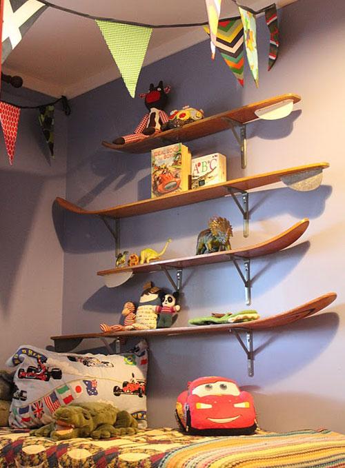 Обустройство игровой зоны и полок для игрушек