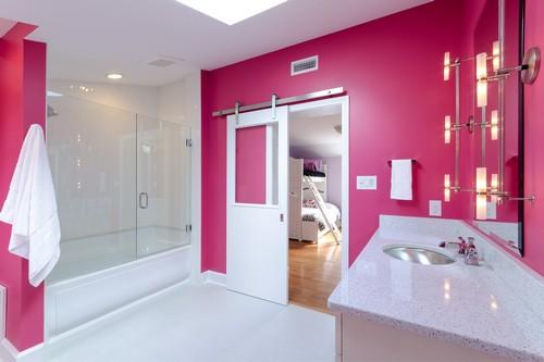 Малиновая ванная комната