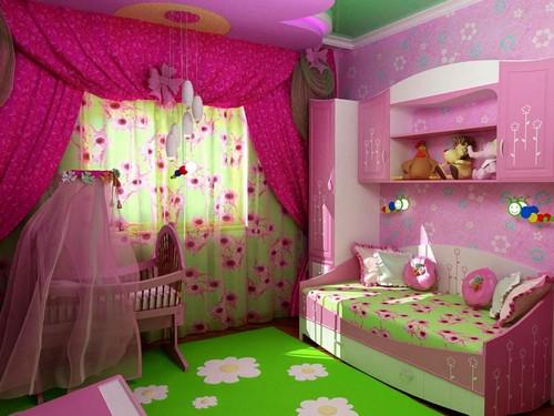 Сочетание малинового и зеленого цвета в интерьере детской комнаты