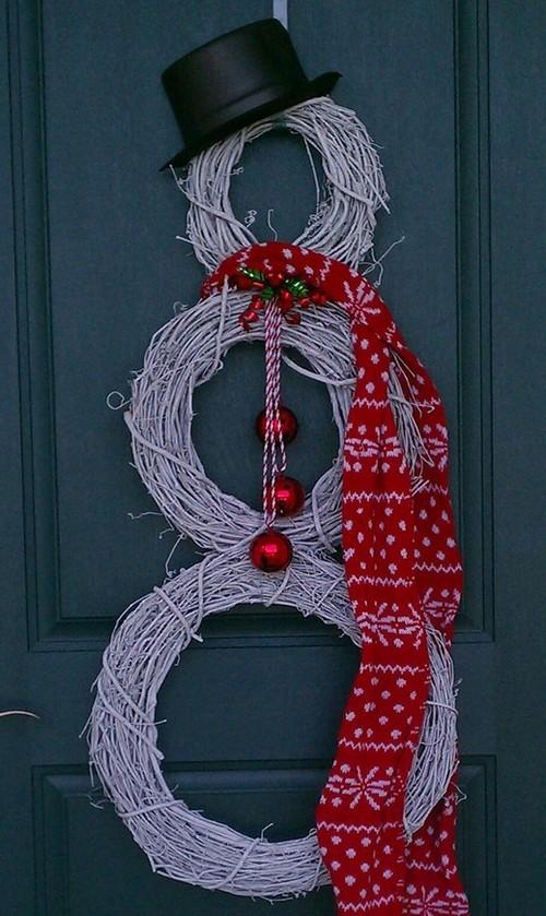 Снеговик на входную дверь