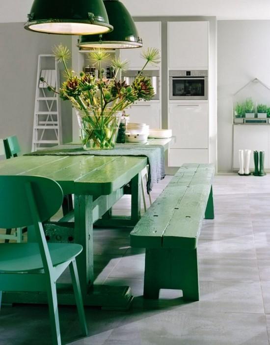 Изумрудный цвет в интерьере кухни фото