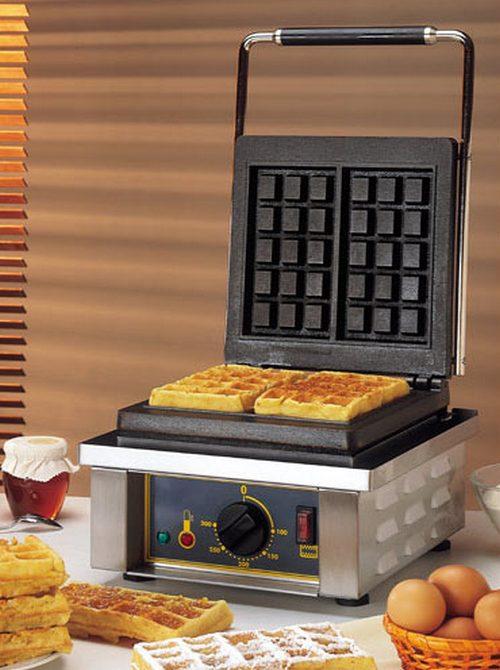Пышные вафли в вафельнице фото
