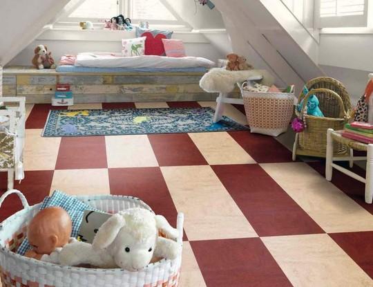 Натуральный линолеум для детской комнаты