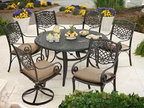 Металлическая садовая мебель - стол и стулья