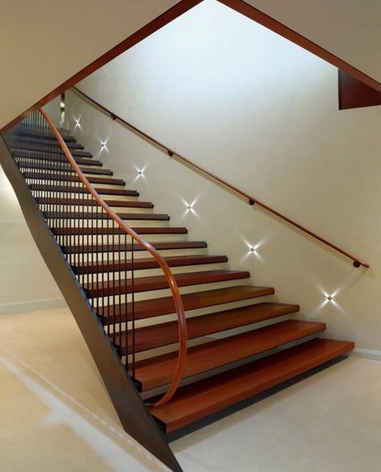 Освещение ступеней лестницы