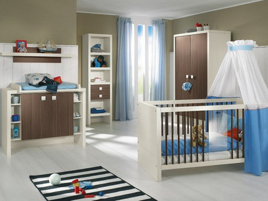 Кроватка для мальчика с балдахином