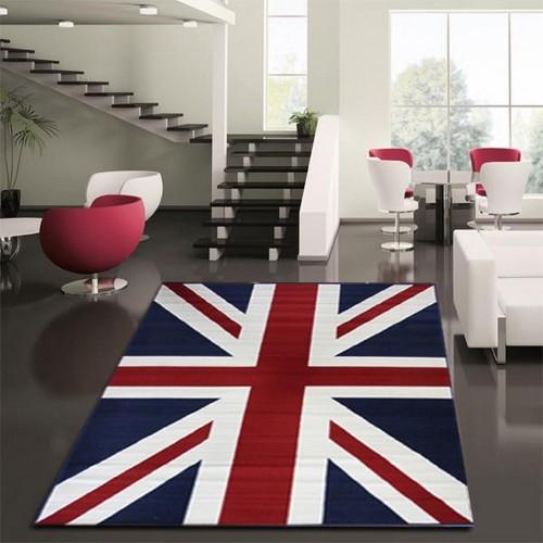 Ковер в виде британского флага в гостиной