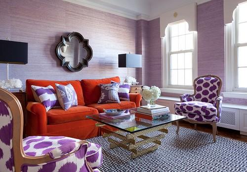 Неправильное сочетание лилового цвета с другими цветами в интерьере