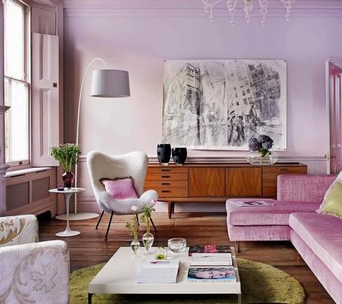 Интерьер гостиной в лиловом цвете