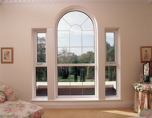 Арочное окно в интерьере