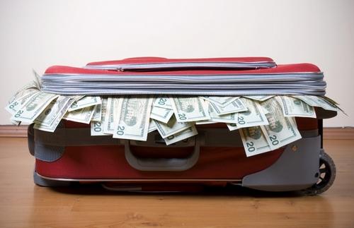 Как нельзя прятать деньги дома или в квартире