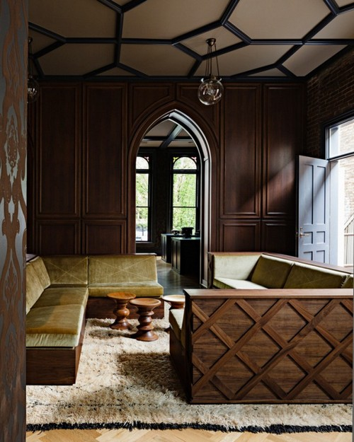 Современная гостиная в готическом стиле фото