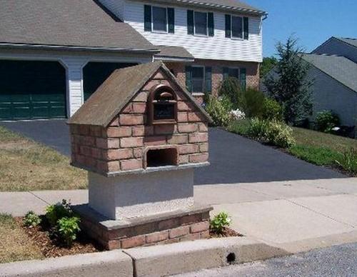 Почтовый ящик для загородного дома из кирпича