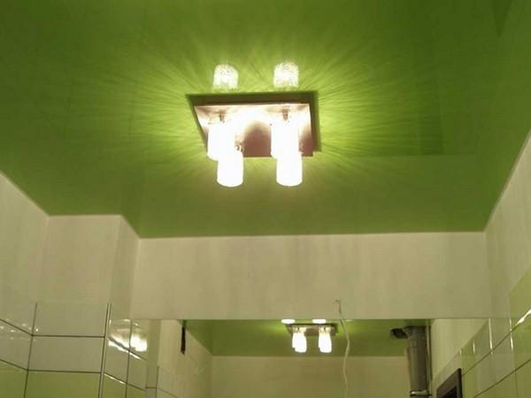 освещение в ванной натяжного потолка