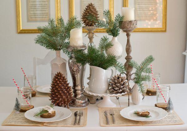 Новогодний декор из еловых веток и шишек фото