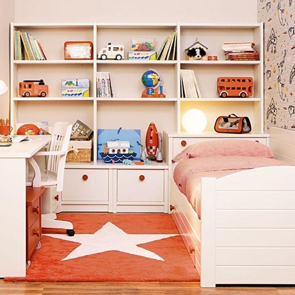 Интерьер детской с персиковыми оттенками