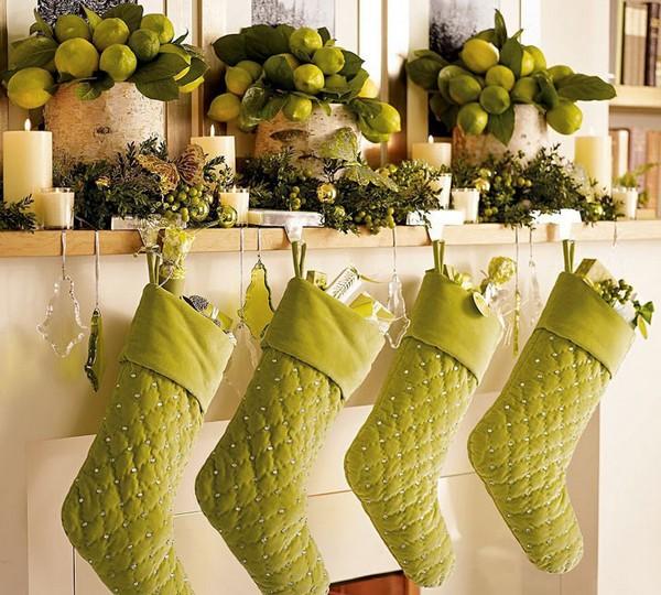 Сапожки салатового цвета рождественские фото