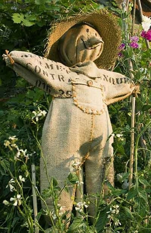 Огородное чучело своими руками