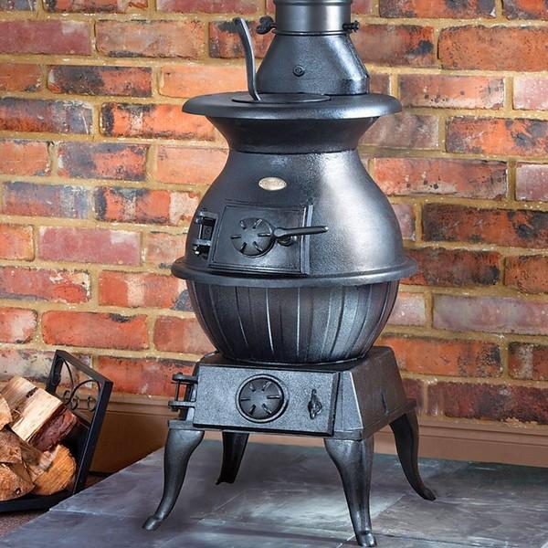 Старая печка буржуйка