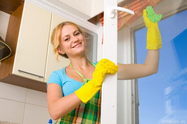 Генеральная уборка в доме мытье окон
