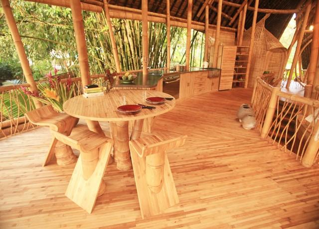 Интерьер бамбуковой гостиной