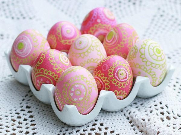 Роспись пасхальных яиц из дерева фото
