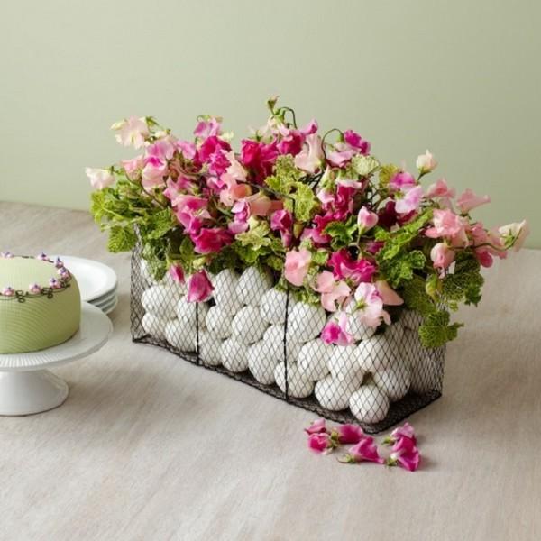 Из цветов декор