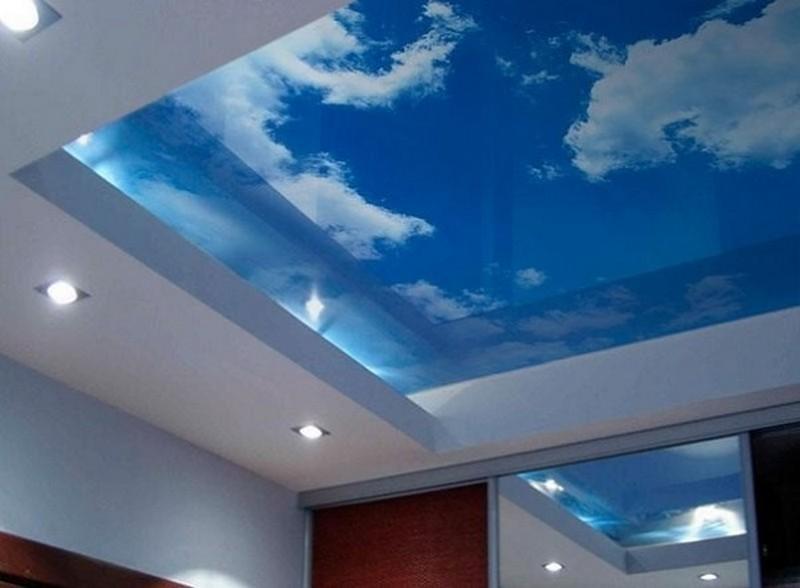 стеклянные потолки с подсветкой фото
