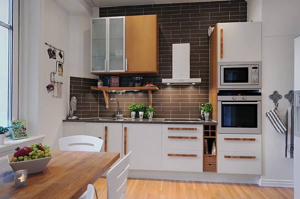 Красивая белая кухня в скандинавском стиле