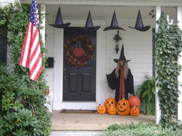 Как украсить порог дома к Хэллоуину