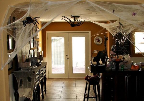 Интерьер дома к Хэллоуину фото