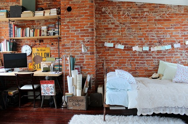 Зонирование комнаты на спальню и кабинет