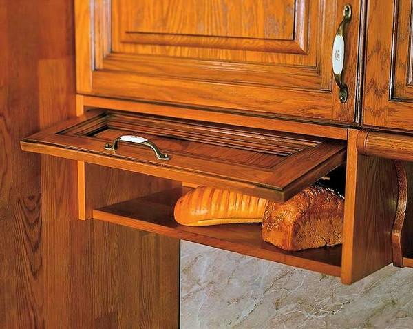 Встроенная в кухонный гарнитур хлебница