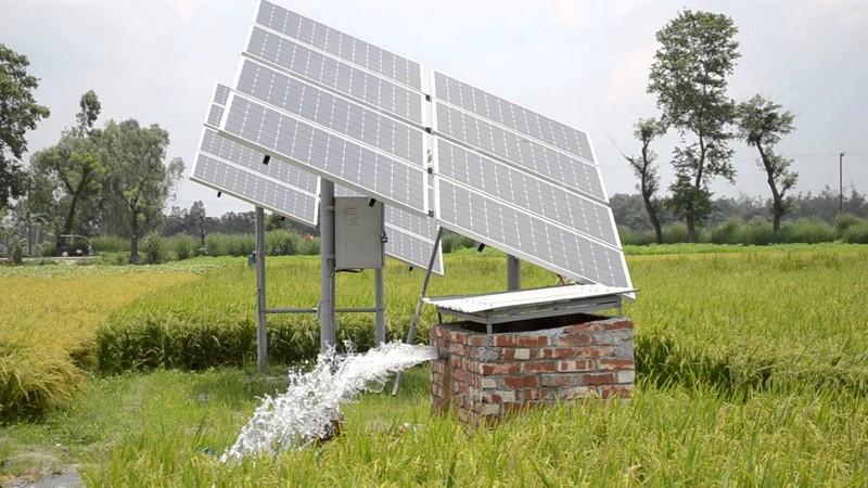 Установка солнечных батарей на даче фото