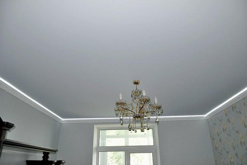матовый тканевый потолок фото